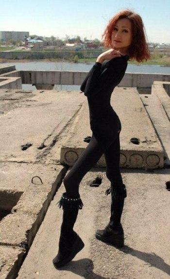 14sexy-anorexic-girl.jpg